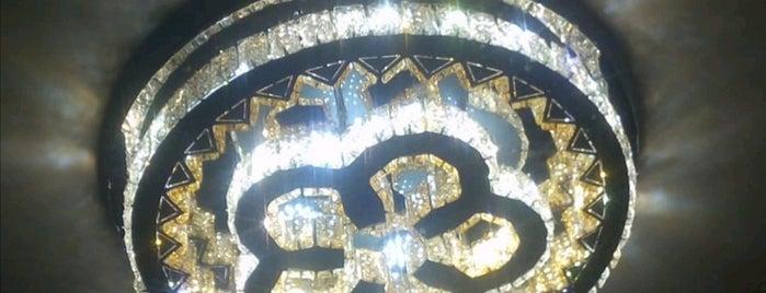 Reda Palas Hotel is one of KARAKARTAL'ın Beğendiği Mekanlar.