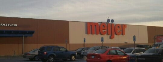 Meijer is one of Locais curtidos por Kawika.