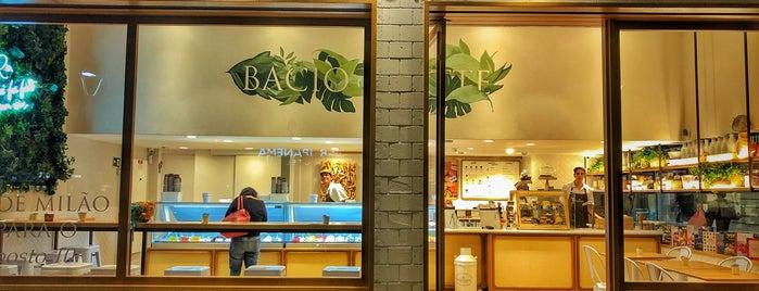 Bacio di Latte is one of Tempat yang Disukai Daniel.