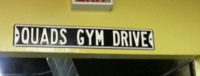 Quads Gym is one of Tempat yang Disukai Andrew.