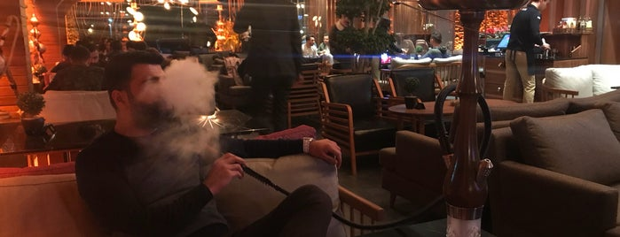 Nona Hookah Lounge is one of Posti che sono piaciuti a Bulent.
