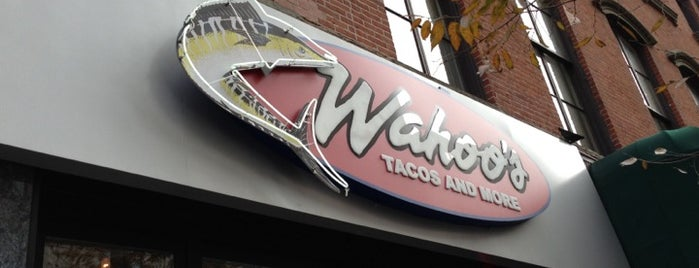 Wahoo's Tacos & More is one of Lieux sauvegardés par Leigh.