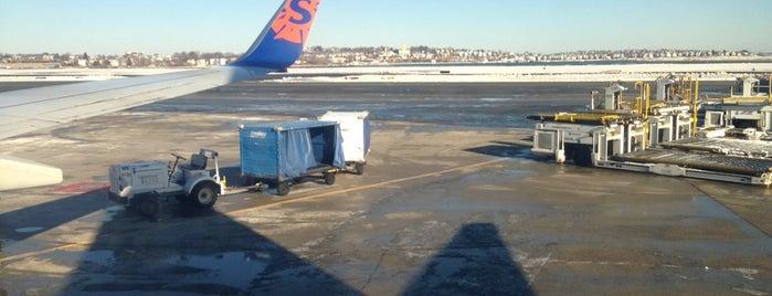 ボストン ローガン国際空港 (BOS) is one of Boston.