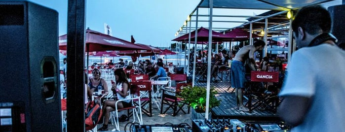 KYMÂNI HOUSE (beach bar & cafe) is one of Electro & House music at Rosario.