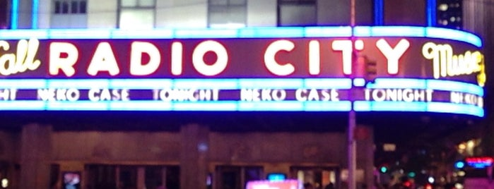 Radio City Music Hall is one of NEW YORK CITY : Manhattan in 10 days! #NYC enjoy.