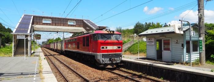 鯉川駅 is one of JR 키타토호쿠지방역 (JR 北東北地方の駅).