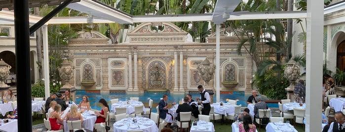 Gianni's is one of สถานที่ที่ Наталья ถูกใจ.