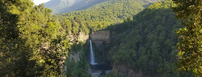 Parque Nacional Radal Siete Tazas is one of Posti che sono piaciuti a Mark.