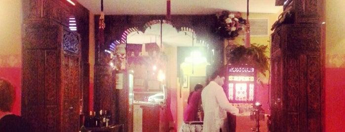 Buddha Indian Restaurant is one of Locais salvos de Soly.