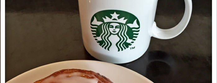 Starbucks is one of Arieさんのお気に入りスポット.
