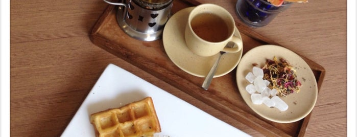 WAFFLE CRAVE is one of Lugares favoritos de Arie.
