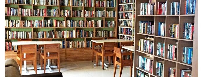 Reading Room is one of Orte, die Arie gefallen.