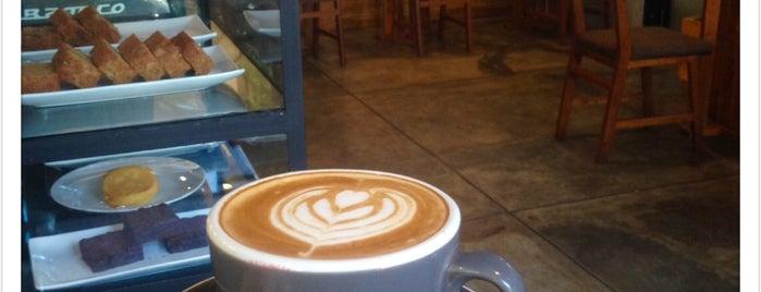 Pikul Coffee & Roastery is one of Orte, die Arie gefallen.