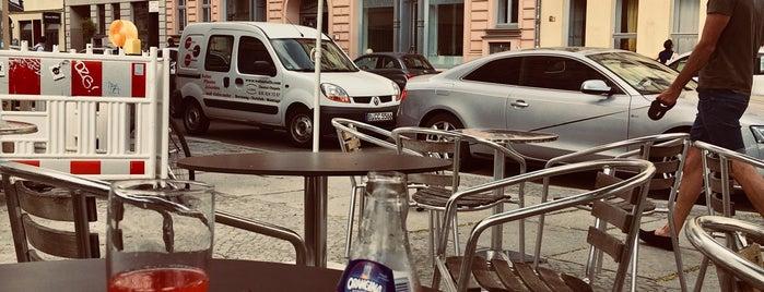 Café Ribo is one of Orte, die Jo gefallen.