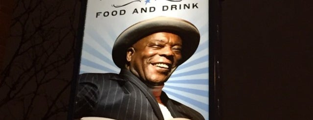 Buddy Guy's Legends is one of Places Around East West University.