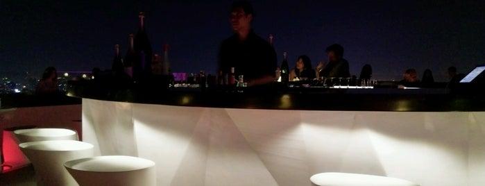 Fifty Five (55) is one of Ichiro's reviewed restaurants.