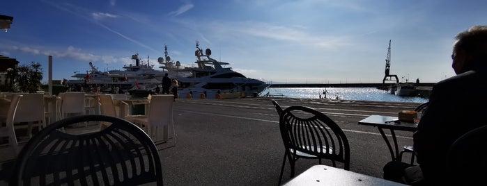 Caffè del Porto is one of Posti che sono piaciuti a Ivan.