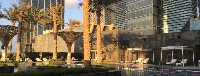 Rosewood Abu Dhabi is one of Jono : понравившиеся места.