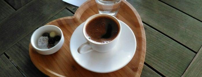 Tarçın Cafe is one of Pelin 님이 좋아한 장소.