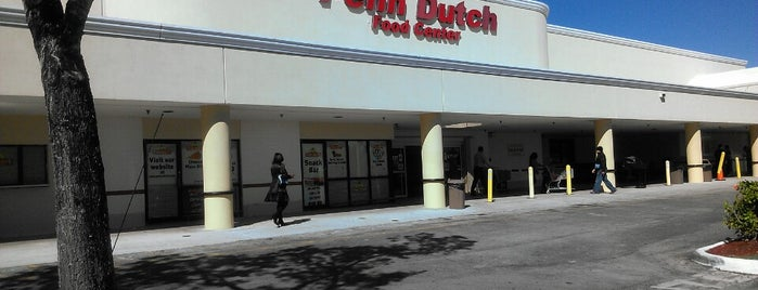 Penn Dutch Food Center is one of Tempat yang Disukai Mariesther.
