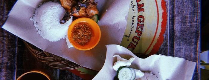 Ayam Gepuk Pak Gembus is one of Ayam Gepuk Pak Gembus (Palembang).