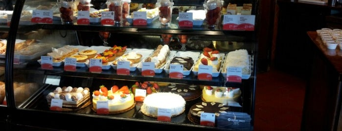 la Madeleine French Bakery & Café Northwoods is one of Rachelさんの保存済みスポット.