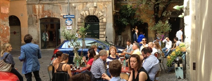 Bar del Fico is one of To visit @Rome.