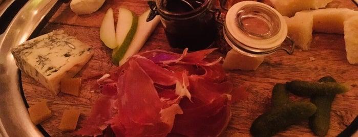 ROOTHOUSE Bar de Vino & Cocina is one of Rafa'nın Beğendiği Mekanlar.