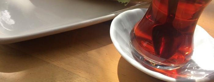 Vatan Cafe is one of Mehmet Ali'nin Beğendiği Mekanlar.