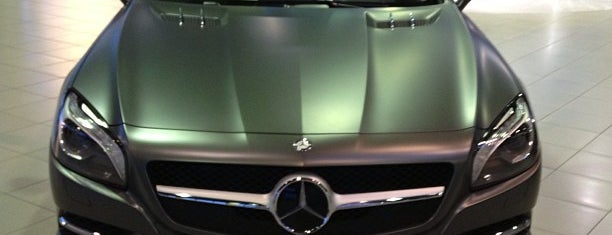 Mercedes-Benz is one of Locais curtidos por Konstantin.