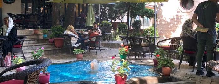 Kariz Garden Café | کافه باغ کاریز is one of V.Nさんのお気に入りスポット.