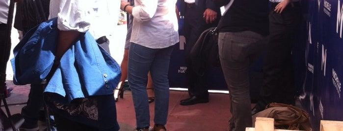 Comando Michelle Bachelet is one of Mi barrio.