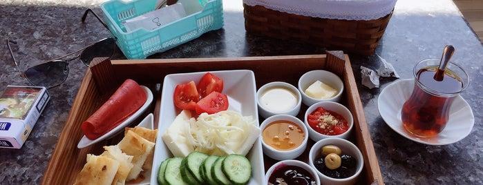 Gülen Şef Kahvaltı & Tatlı is one of Bursa Yemek.