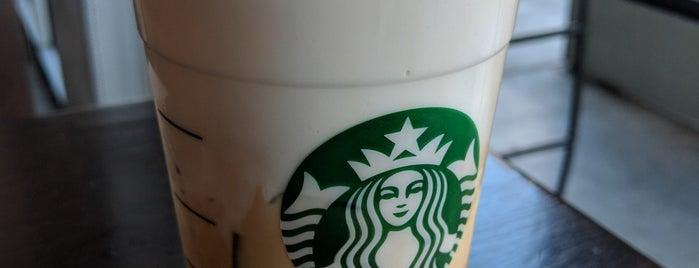Starbucks is one of Orte, die Arjun gefallen.