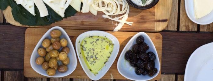 Limoon Café & Restaurant is one of Elif : понравившиеся места.