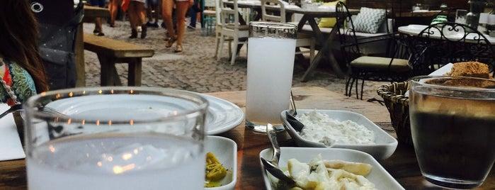 2Kapı Restaurant & Lounge is one of สถานที่ที่ Eser Ozan ถูกใจ.
