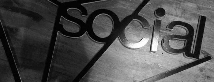SOCIAL is one of Locais curtidos por Vaggelis.