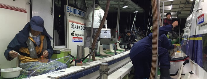 丸松乗合船 is one of Lugares favoritos de Shigeo.