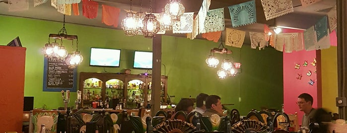 Estrellita Mexican Bistro and Cantina is one of Foodz.