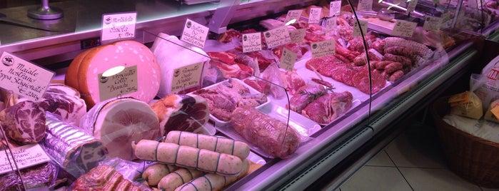 Carlo Alberto Macelleria & Gastronomia is one of Posti che sono piaciuti a Enrico.