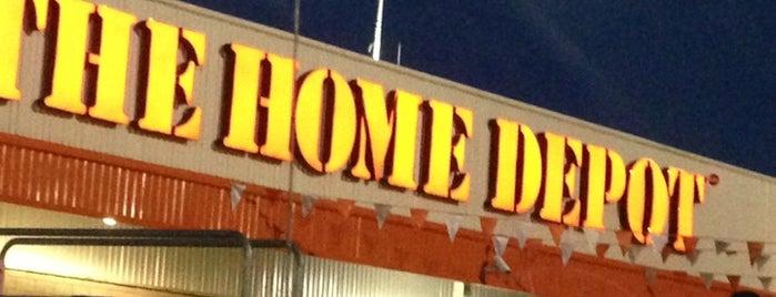 The Home Depot is one of Locais curtidos por Jorge.