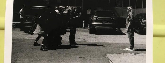 Harvey Milk Photography Center is one of Ade'nin Kaydettiği Mekanlar.
