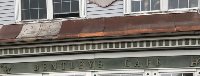 Bentley's B-M-L Cafe is one of St. Ignace.