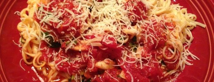 Carrabba's Italian Grill is one of Rasheed 님이 저장한 장소.