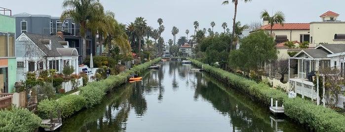 Carroll Canal is one of Tempat yang Disukai Al.