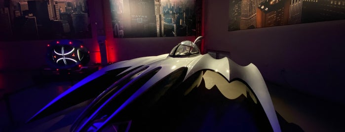 Warner Bros. Picture Car Museum is one of Lala land unique spots.