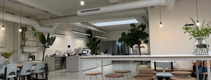 Mazelab Coffee is one of cafe.