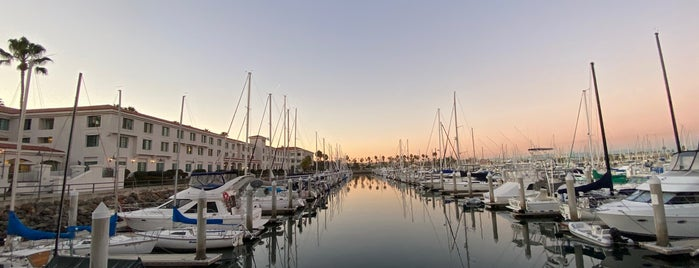Cabrillo Way Marina is one of Lugares favoritos de Sue.