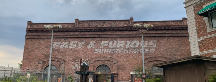 Fast & Furious: Supercharged is one of Tempat yang Disukai Chryssa.