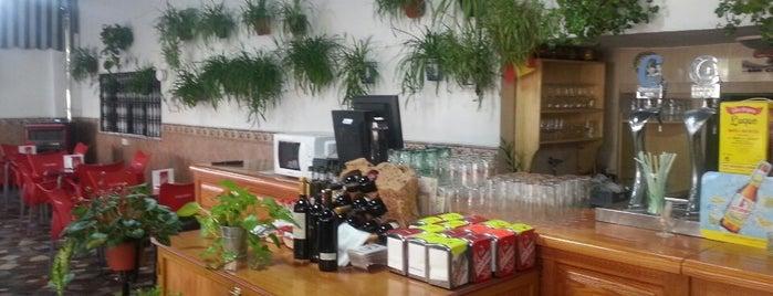 Terraza Bar Juli is one of Donde Comer en Cabra.